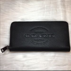 COACH Accordion Wallet 💖 Black Smooth Leather NWT